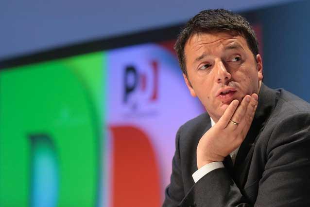 Direzione Pd approva la relazione di Renzi, sì a un'alleanza larga: astenuti gli orlandiani