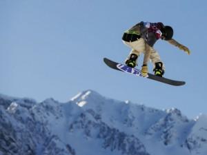 Tragedia in montagna, precipita con lo snowboarder: Andrea muore a 49 anni