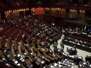 Milleproroghe approvato alla Camera, blocco degli sfratti fino a dicembre- ratifica gasdotto Albania Grecia Italia