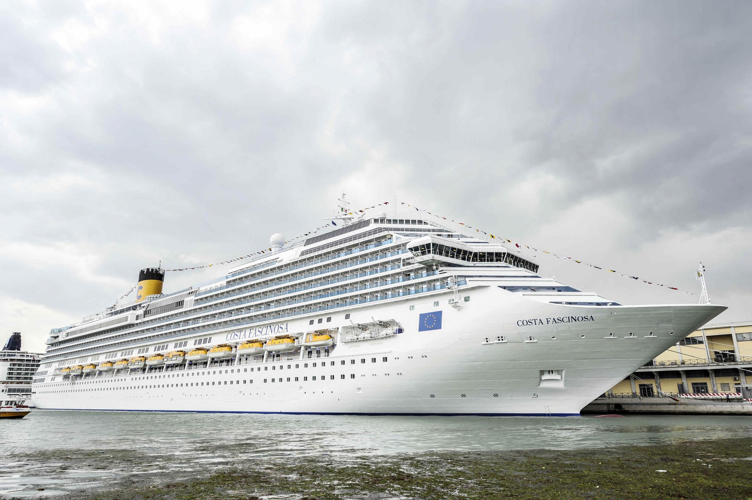Costa Crociere assume 1.200 lavoratori per la nuova nave ...