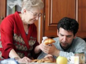 I giovani italiani sono poveri, è per questo che aumentano i