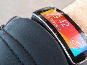 Galaxy Gear Fit: ne vale davvero la pena?