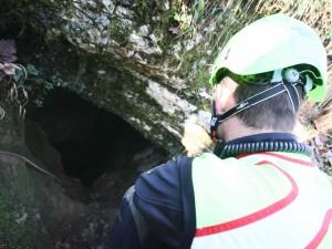 Palermo, speleologa ferita e bloccata in una grotta a 100 me