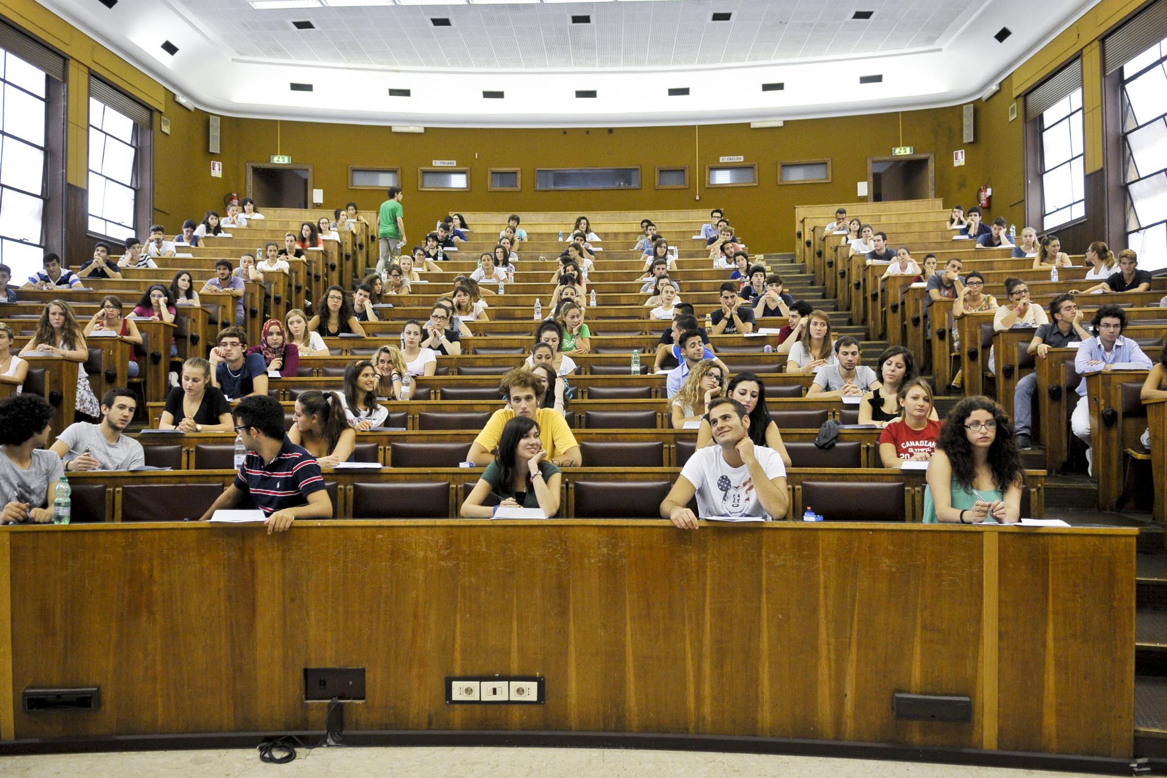 Tra le migliori 150 universit al mondo non c 39 neppure un for Migliori universita mondo