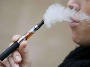 Sigarette elettroniche, troppe tasse: produttori chiedono in