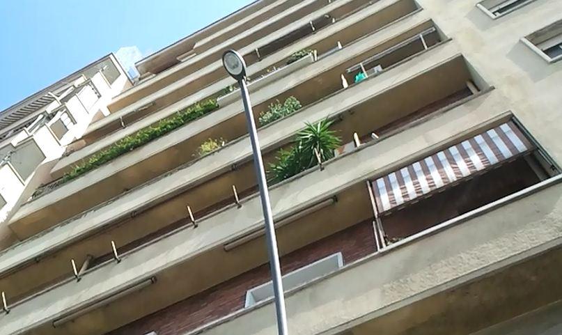 La trasformazione del balcone in veranda in un condominio - Cucina balcone condominio ...