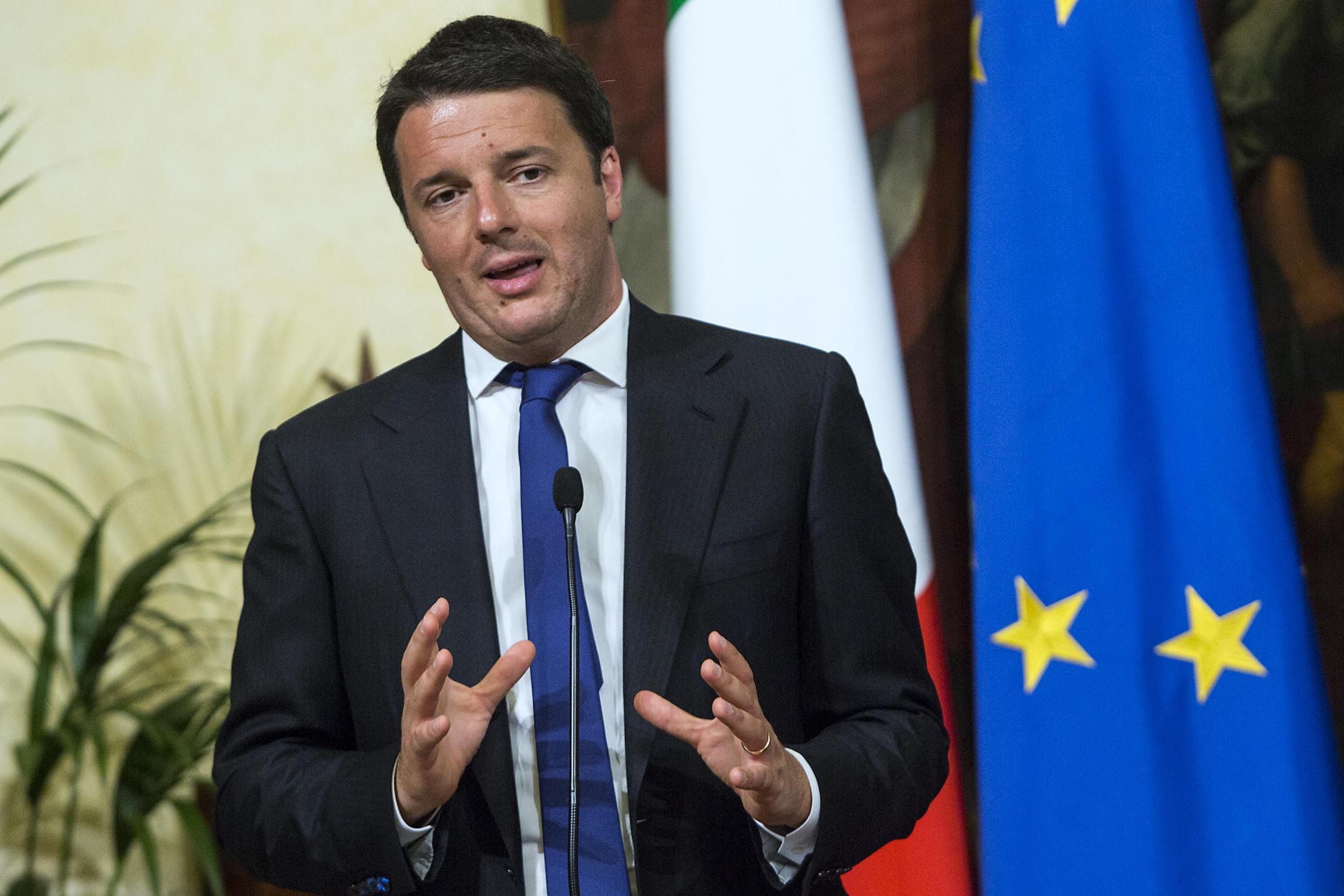 I redditi dei ministri online per renzi 145mila euro nel 2012 for Camera dei deputati redditi on line
