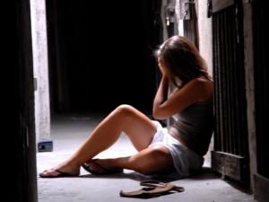 """Choc a Perugia, papà orco violenta la figlia 12enne: """"Ti ins"""