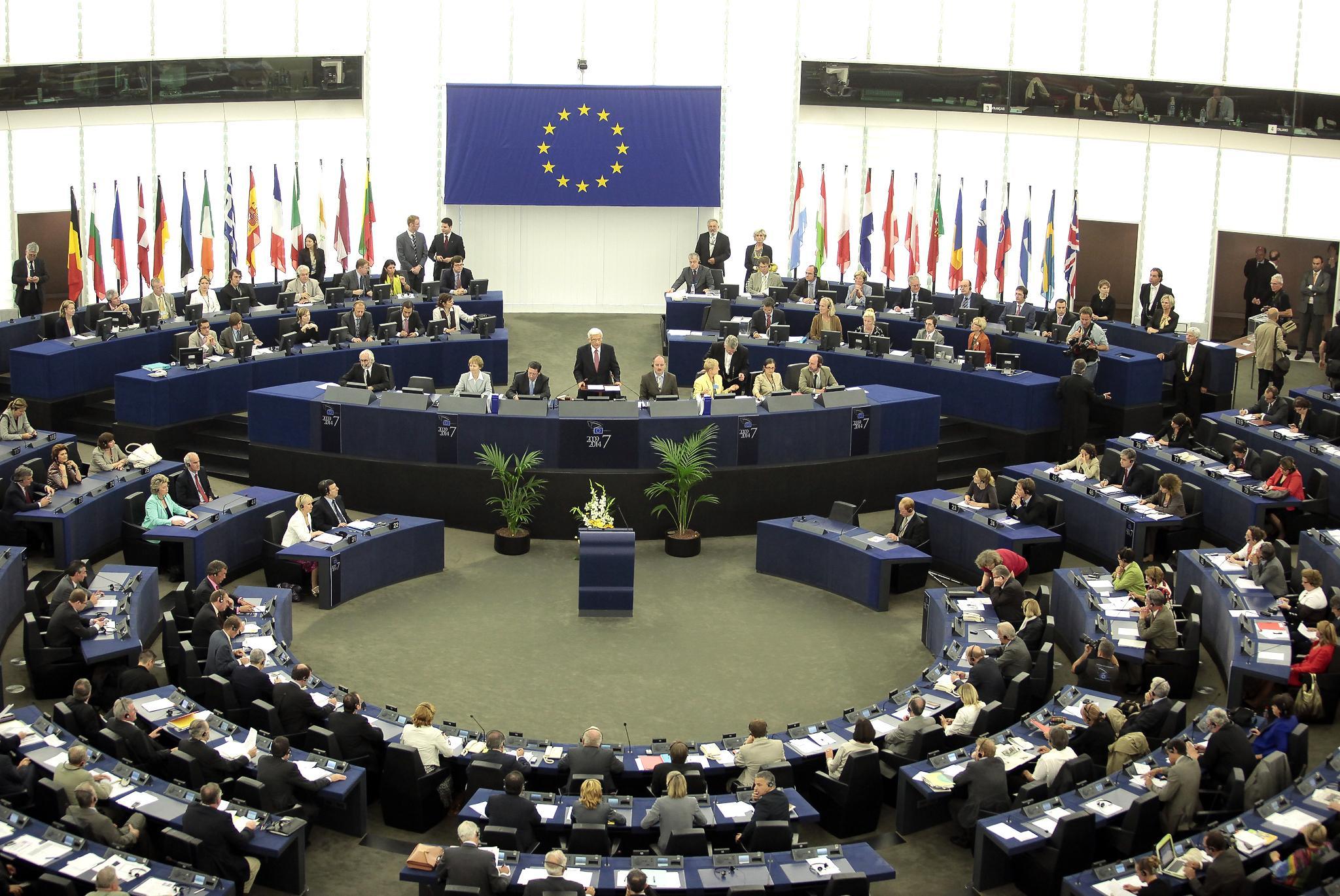 Il procedimento di formazione degli atti legislativi for Formazione parlamento