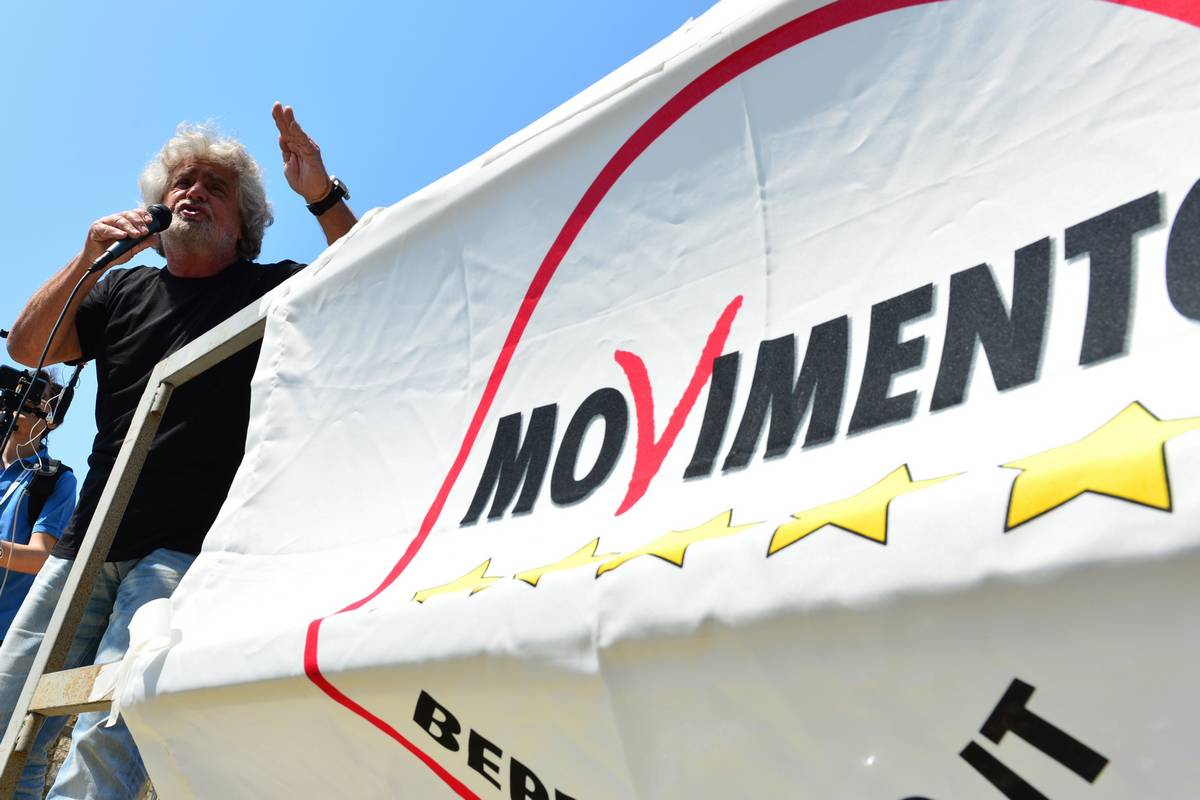 Che fine ha fatto il nuovo non statuto del movimento 5 stelle for Deputati movimento 5 stelle