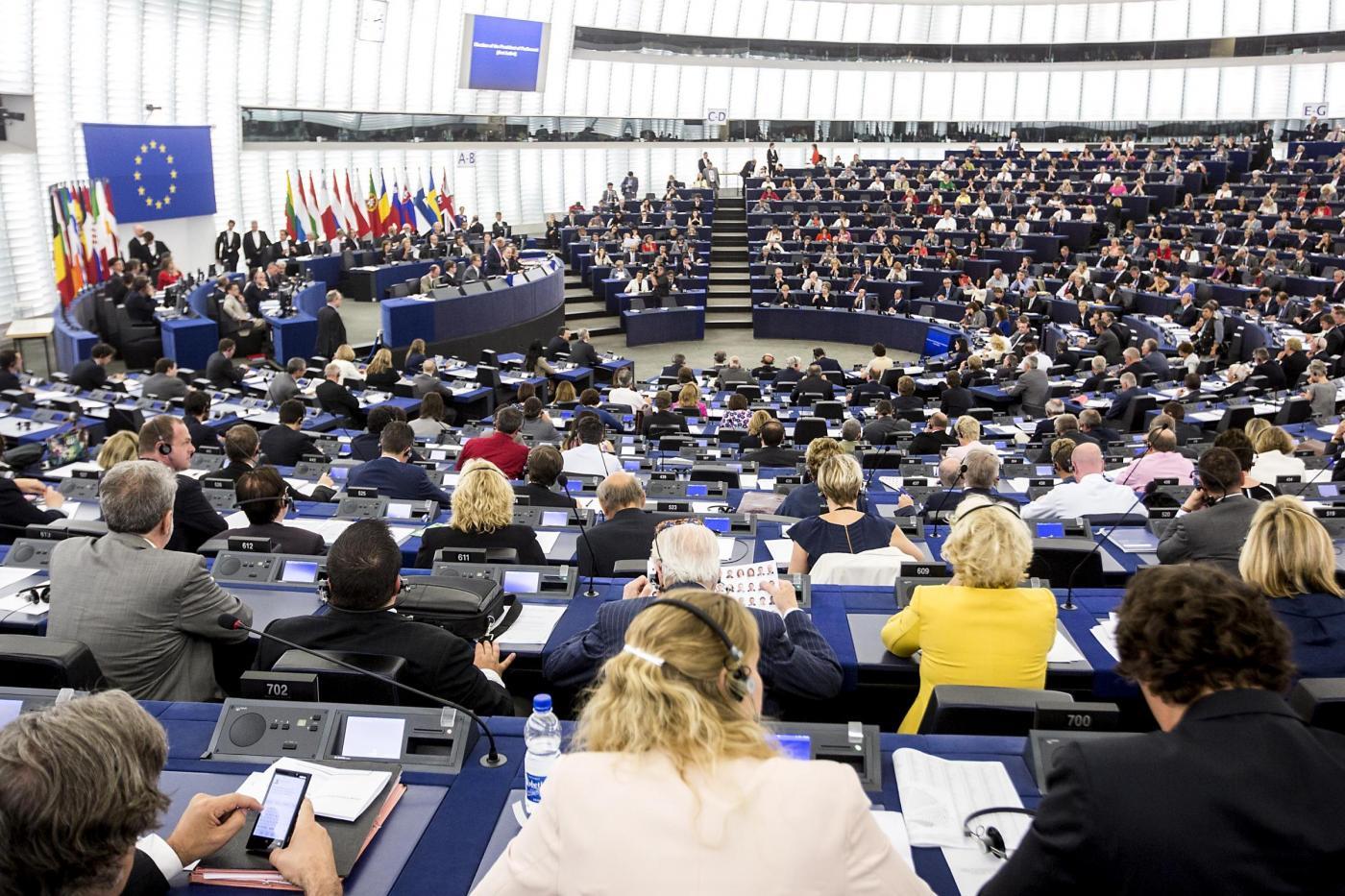 Reddito minimo di cittadinanza passa al parlamento for Diretta dal parlamento
