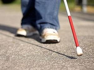 Genova, ragazzo cieco di 19 anni muore cadendo dalle scale