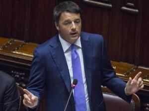 Ora Renzi si prende mille giorni per salvare il Paese. Da solo