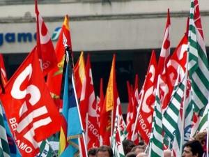 140mila posti a rischio: i metalmeccanici e i sindacati prot