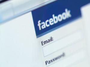 Facebook brevetta il tagging: dubbi sulla privacy