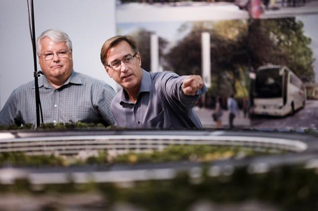 Apple realizza un plastico del nuovo Campus 2 di Cupertino [IMMAGINI]