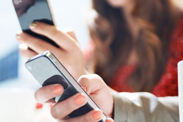 Ecco la nuova truffa via SMS: se clicchi questo link ti svuotano il conto in banca