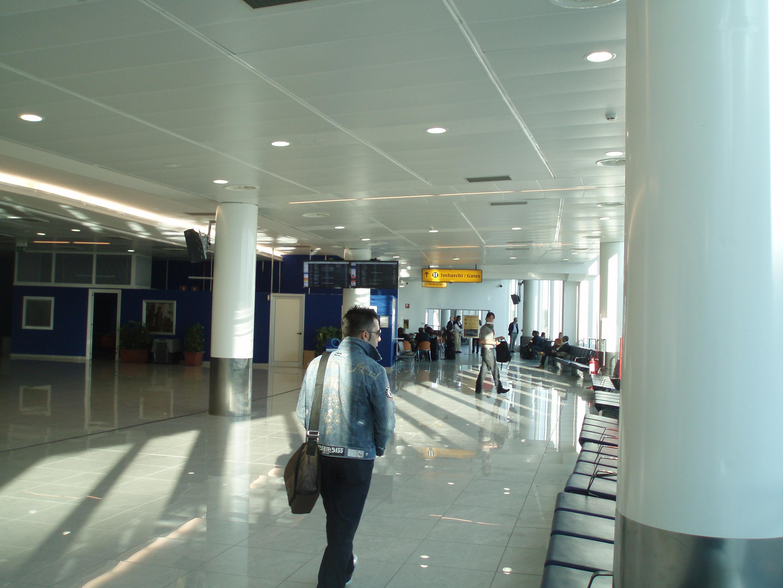 Aeroporto Capodichino : Aeroporto grazzanise e metropolitana a capodichino