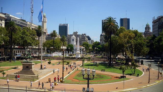 piazze plaza de mayo