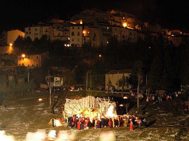 Ecliss Milano E L Ora Del Natale : Presepi di italia i più grandi belli strani