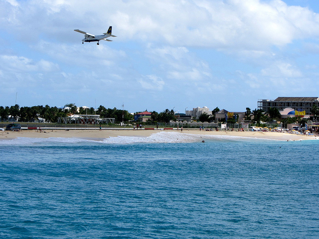 Sint Maarten Maho Beach