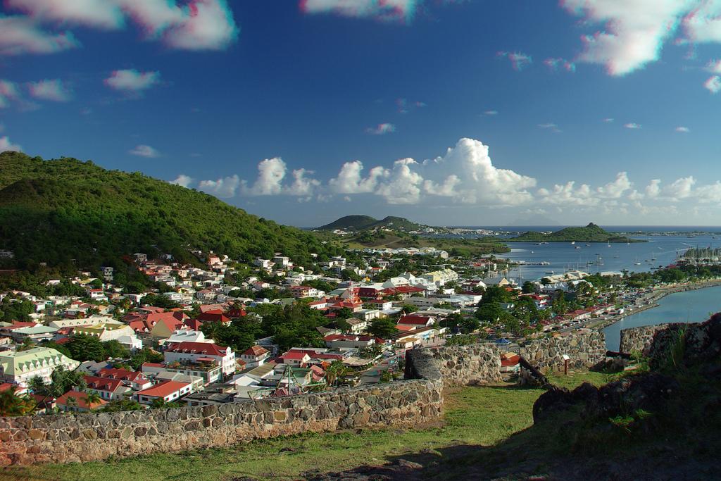 Saint martin e saint maarten due paesi un 39 unica isola for Isola di saint honore caraibi