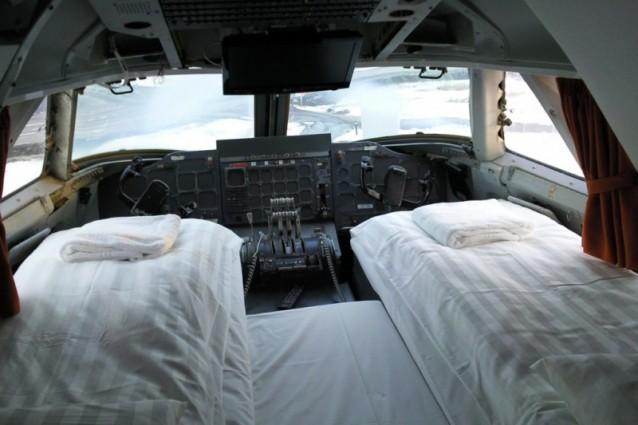 Gli aereo hotel strani alloggi su velivoli per vacanze for L hotel della cabina islanda