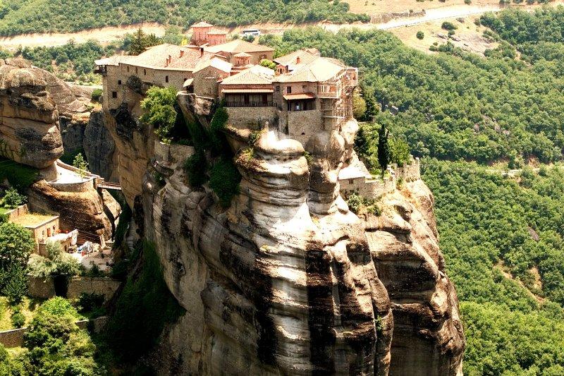 I monasteri pi belli e inaccessibili del mondo for I mobili piu belli del mondo