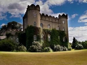 A caccia di streghe e fantasmi in un tour dei Castelli d'Irlanda