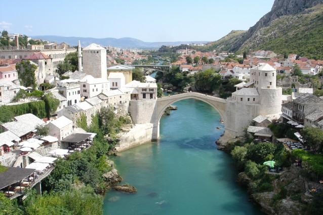 cosa vedere a mostar: la città della rinascita bosniaca