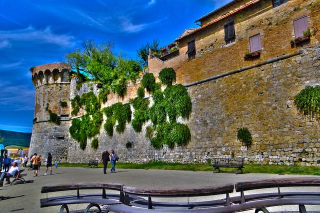 San Gimignano, un borgo da favola sulle colline senesi
