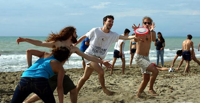 Tirrenia, vacanze al mare per giovani
