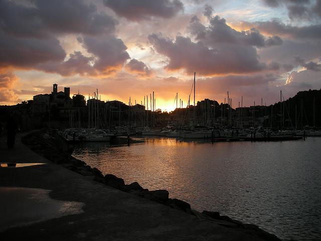 Talamone al tramonto. Foto di Antonello Tanteri
