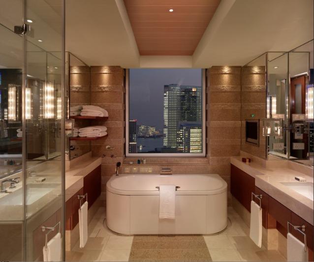13 incredibili bagni d 39 albergo super lussuosi foto for Arredamento lussuoso