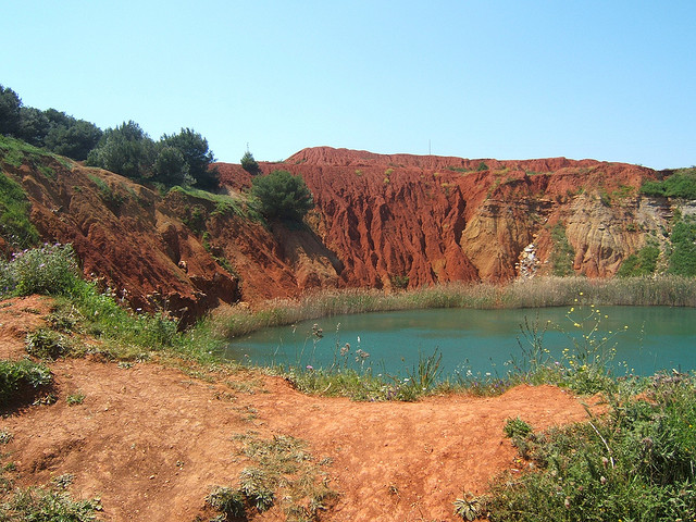 Cava di bauxite – Foto di larrylunex