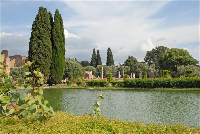 Villa Adriana, Tivoli. Foto di Jean–Pierre Dalbéra