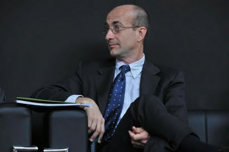 Intervista a renzo iorio presidente di federturismo for Tassa di soggiorno londra