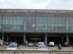L'ingresso dell'aeroporto di Orio al Serio.