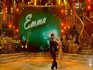 emma_a_ballando