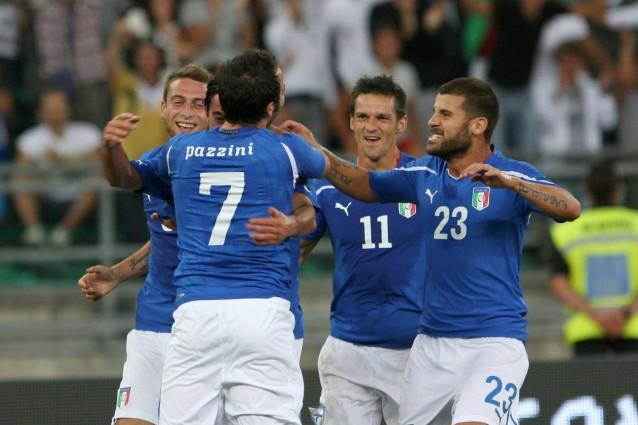 la nazionale di calcio gioca per le qualificazioni europee
