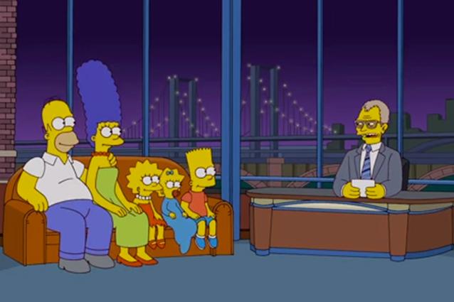 """Il ritiro di David Letterman ha colpito anche """"I Simpsons"""" che omaggiano il conduttore del """"Late Show"""" con una sigla dedicata ad hoc per lui."""