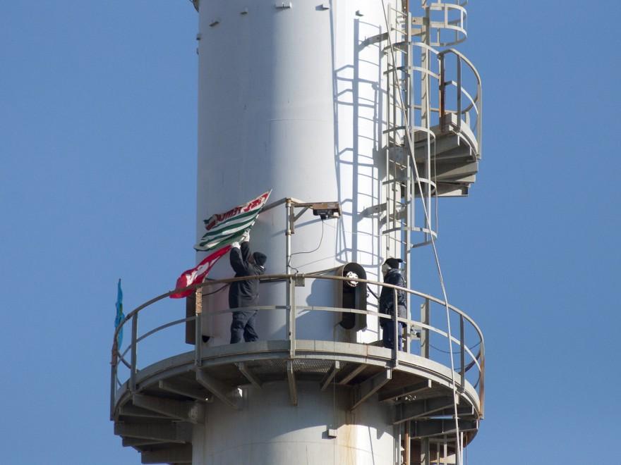 Operai Sangalli Vetro sulla torre