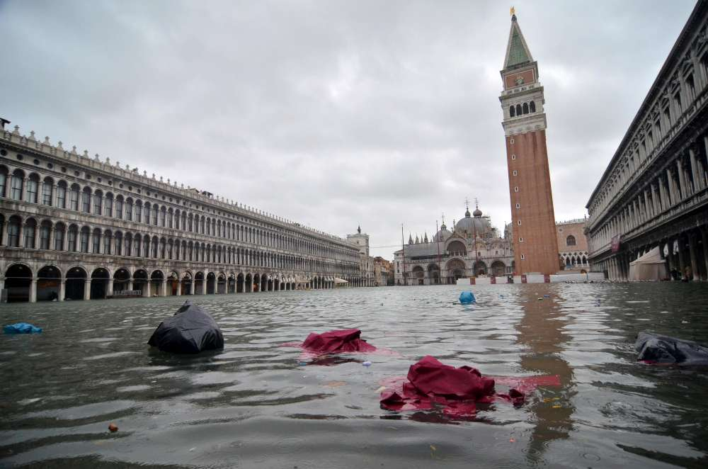 venezia la beffa mose non protegger piazza san marco dall 39 acqua alta. Black Bedroom Furniture Sets. Home Design Ideas