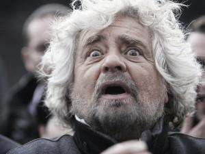"""M5S denuncia: """"Il PD non vuole abolire i vitalizi, sta facendo di tutto per affossare la legge"""""""