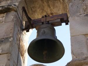 In Molise i parroci protestano contro il biotestamento suonando le campane a morto