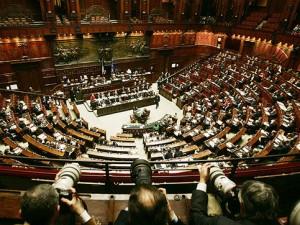 L'Abolizione dei vitalizi parlamentari è sempre più vicina: largo consenso a Montecitorio