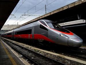 Padova, salgono sul Frecciarossa e dimenticano i figli sulla banchina del treno