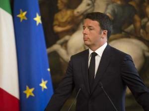 Per Renzi il reddito di cittadinanza è incostituzionale e roba da furbi