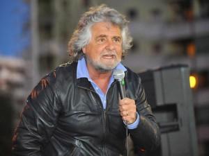 """Beppe Grillo annuncia i cambiamenti del suo blog: """"Andrò in giro per il mondo"""""""