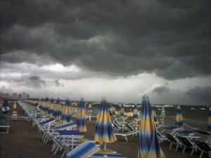 Meteo, temporali e nubifragi sull'Italia: le zone più colpit